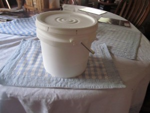 bucket to store the bread dough